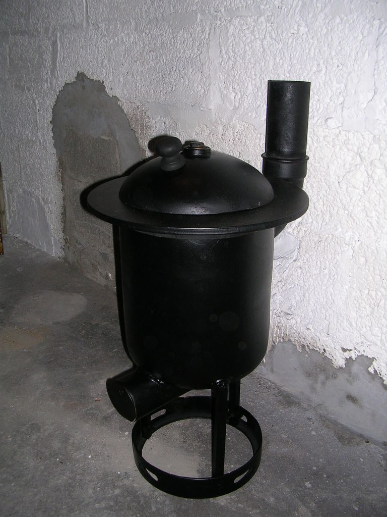 ... wood burning stove. Gas tank pot belly stove - 12 Homemade Wood Burning Stoves And Heaters Plans And Ideas:Do It