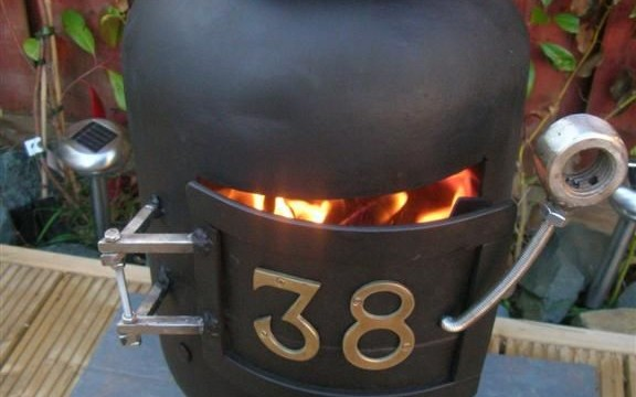 wood stove made from scrap1