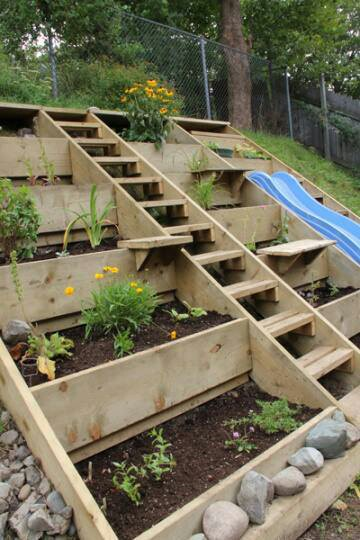 25 inspiring and creative Pallet garden and furniture ideas