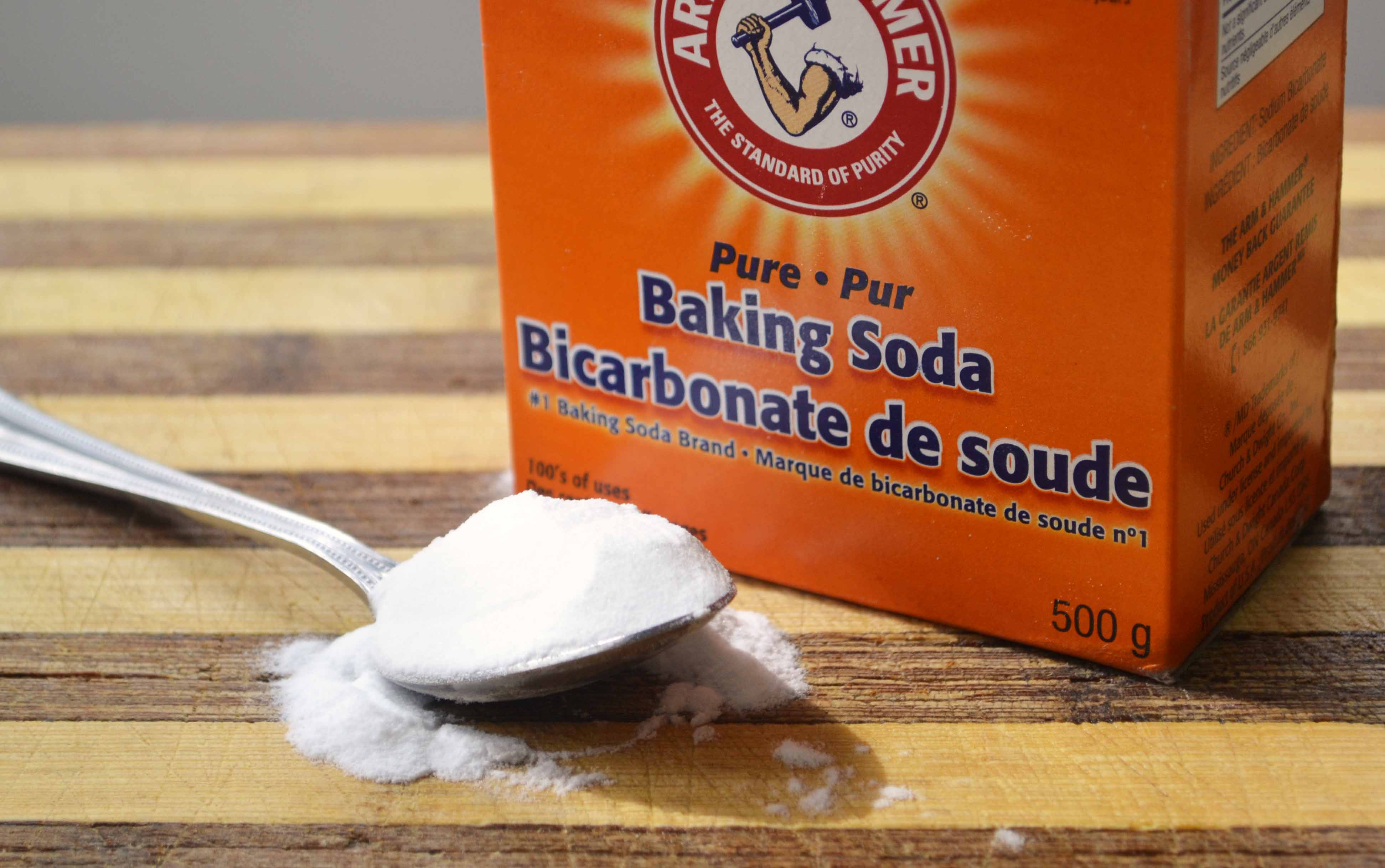 15 Uses For Baking Or Bicarbonate Of Soda Cleaner Neutrilize Odor Health Aid And Beauty