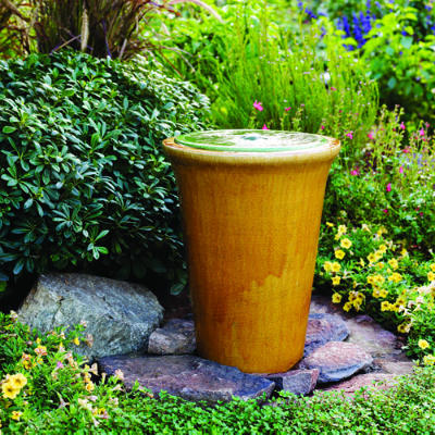 10 diy water fountain for your garden the self for Do it yourself water features