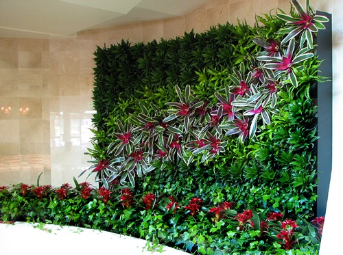 diy vertical garden idea - Wall Garden