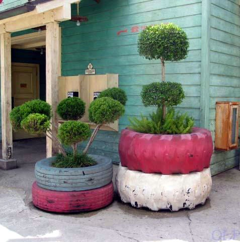 Big tire planter