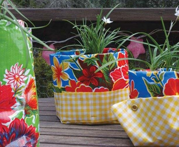 Colorful curtain planters