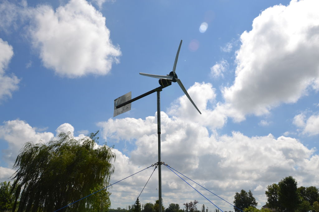 DIY 400 Watt Wind Turbine
