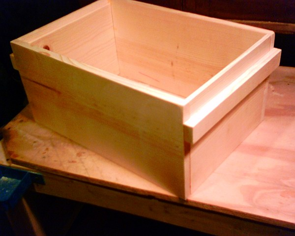 KISS Langstroth Hives Plans by bbe-tech