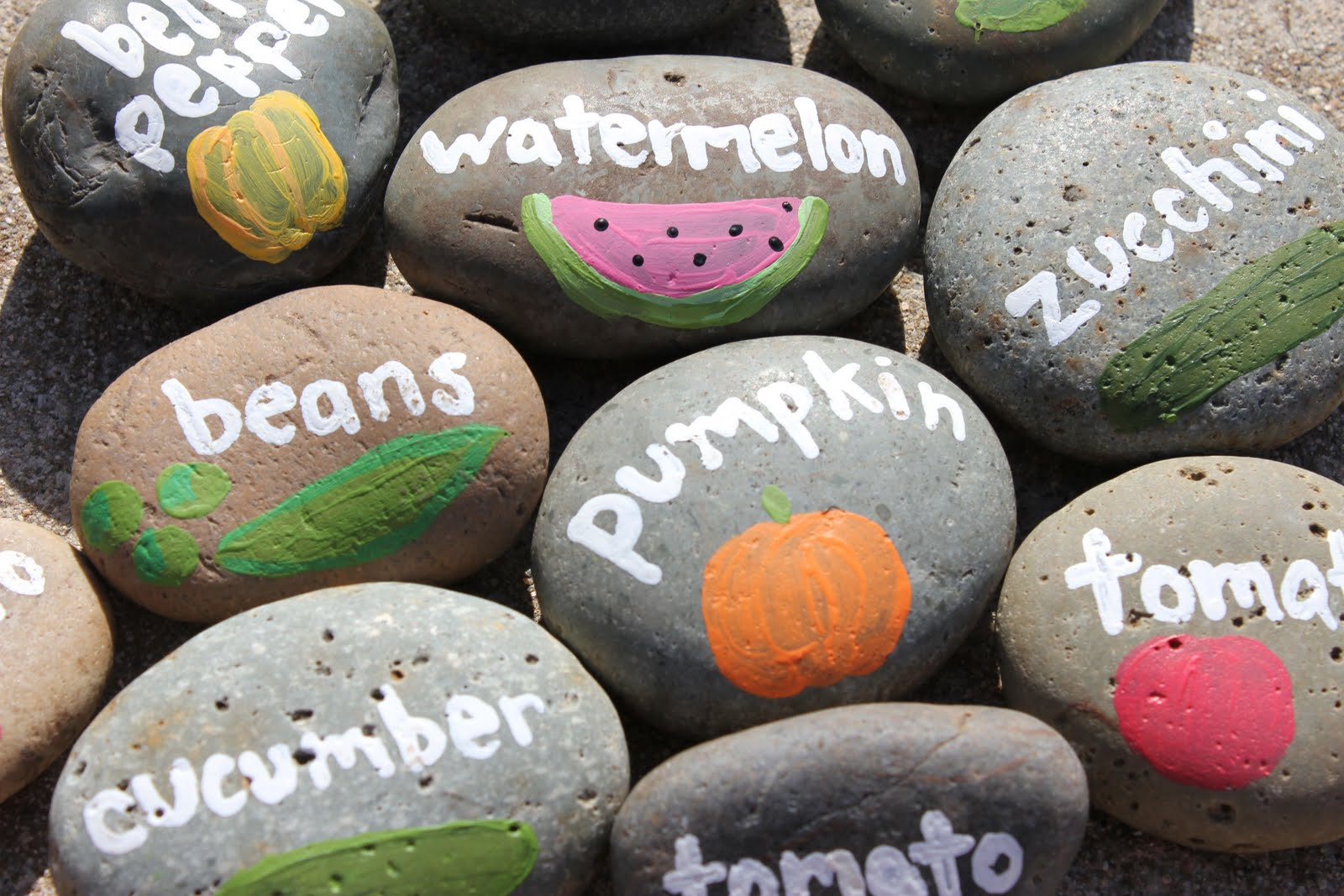 20 creative and stunning diy garden markers and labels for Garden designs for kids