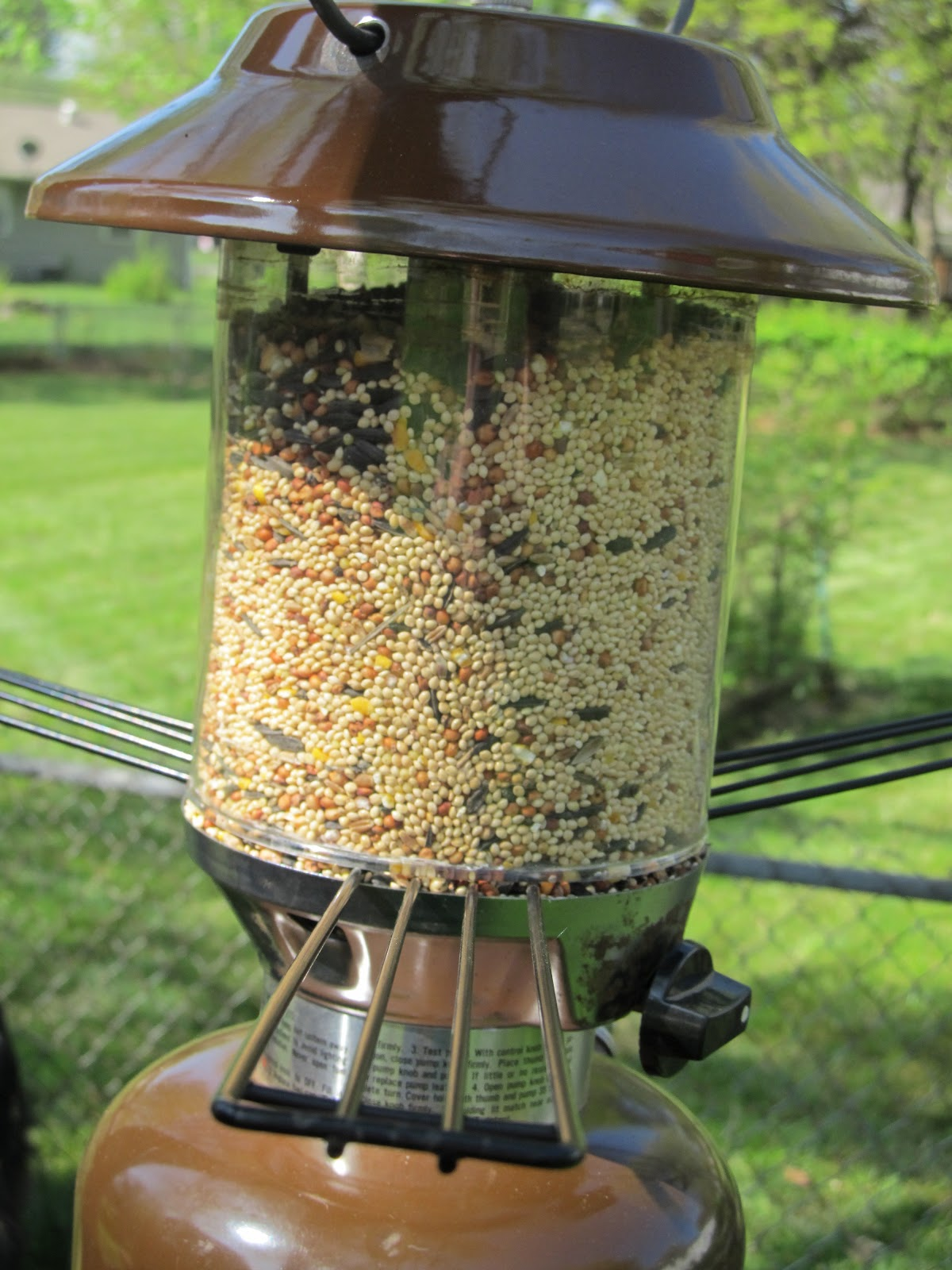 15 Inspiring Diy And Homemade Bird Feeder Plans And Ideas The Self Sufficient Living