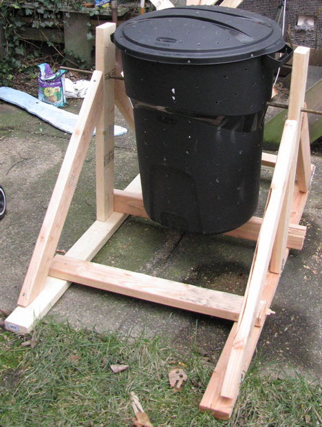 Garbage can composter