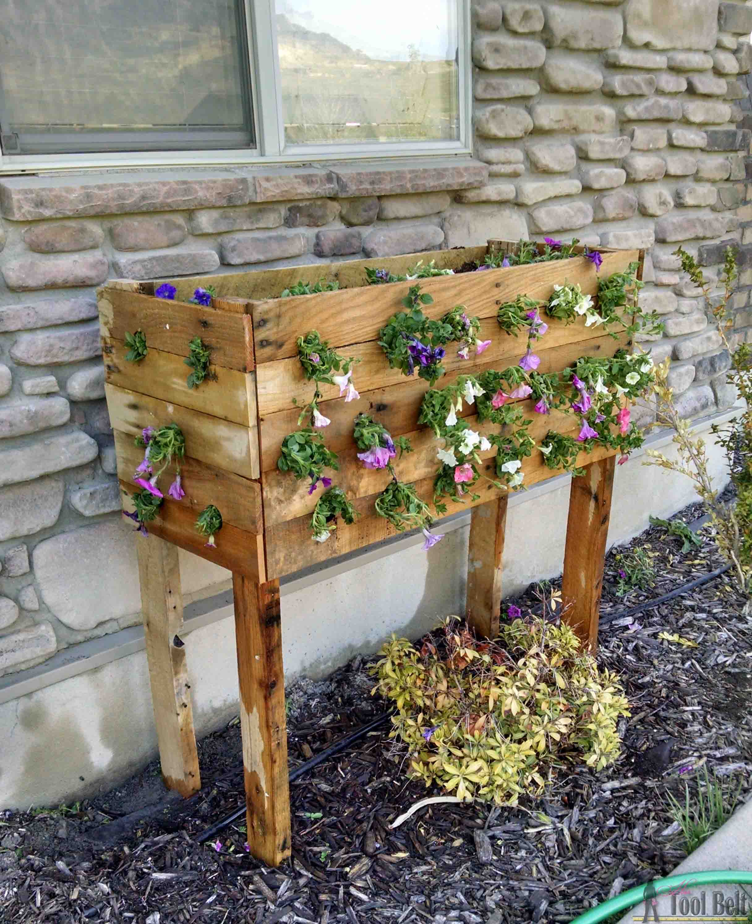 Diy Square Planter Box: 37 Outstanding DIY Planter Box Plans, Designs And Ideas