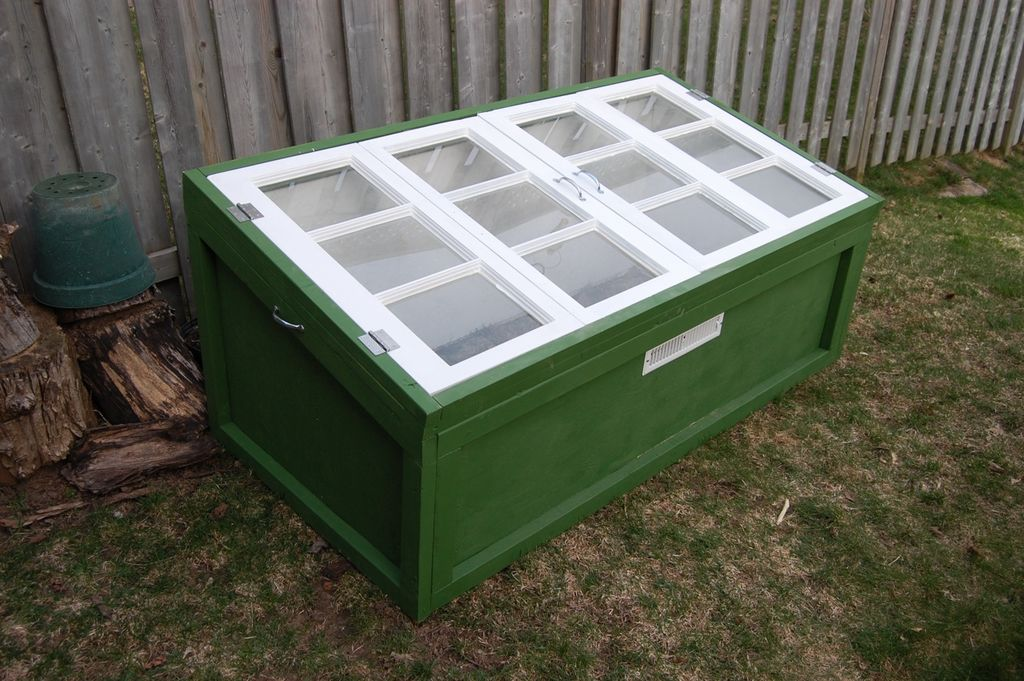 10 easy cold frame plans to extend the growing season for Window frame plan