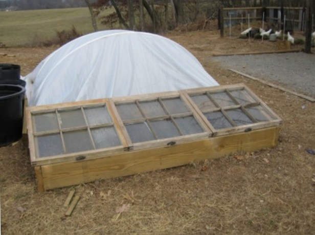 10 Easy Cold Frame Plans To Extend The Growing Season – The Self ...