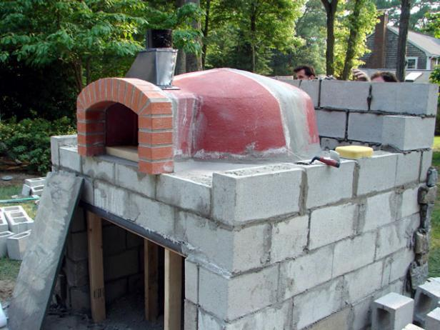 15 wood fired pizza bread oven plans for outdoors backing the self sufficient living - Outdoor stone ovens ...