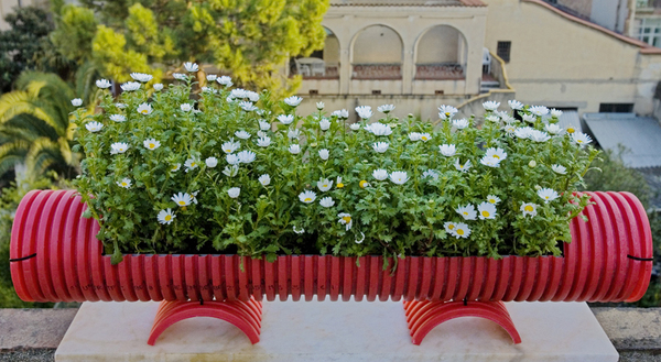 Beautiful 20 Inspiring PVC Pipe Projects For Gardeners