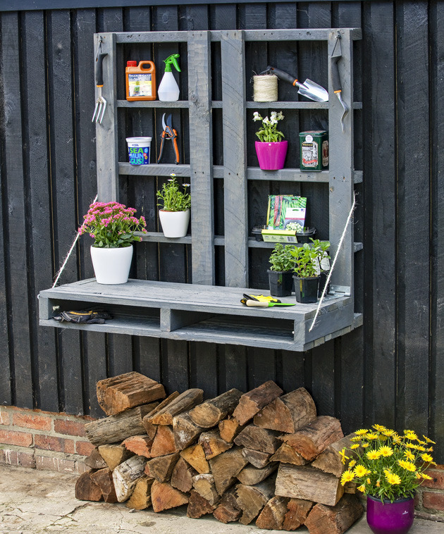 Pallet Potting Station