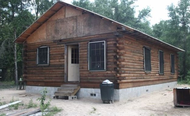 10 diy log cabins build for a rustic lifestyle by hand for Rustic home plans with cost to build
