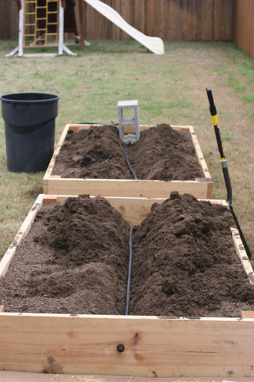 12 DIY Drip Irrigation To Water Your Plants Frugally | The ...
