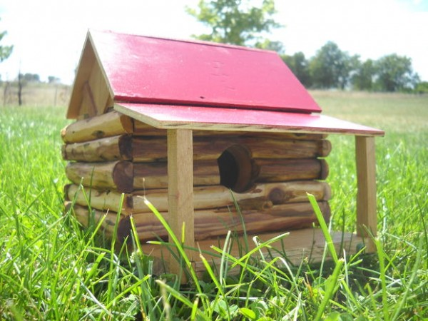 38 Fabulous Birdhouse Plans To Invite Feather Friends In Your Yard on