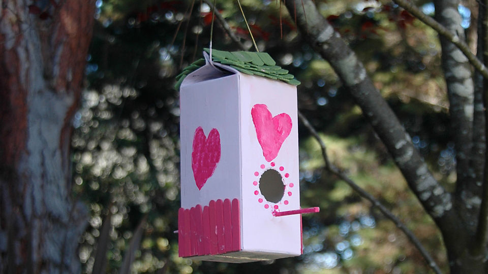 Building a Birdhouse Can By Child's Play