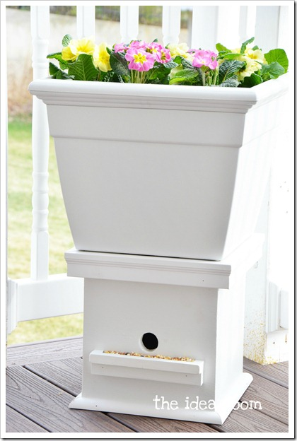 Birdhouse and Flower Planter In One