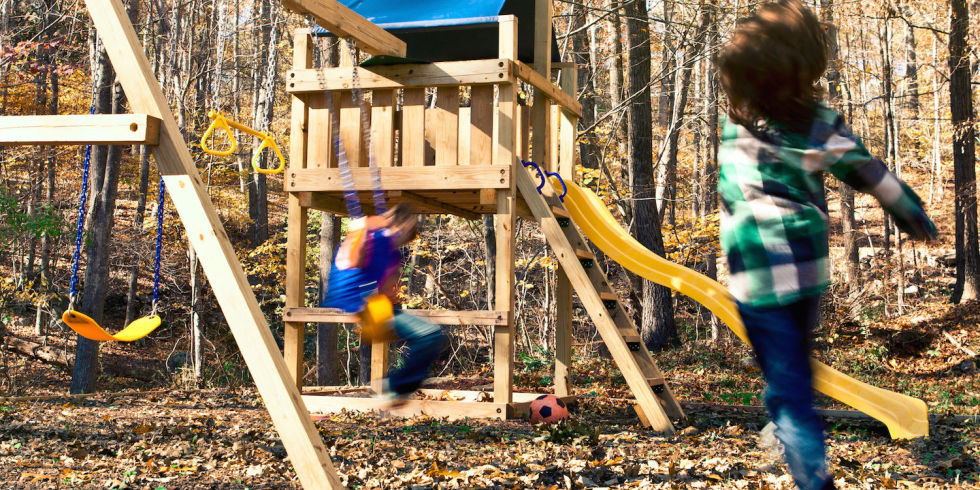 15 diy swing set build a backyard play area for your kids for Diy play structure
