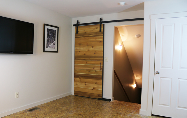detailed plans on how to build a barn door