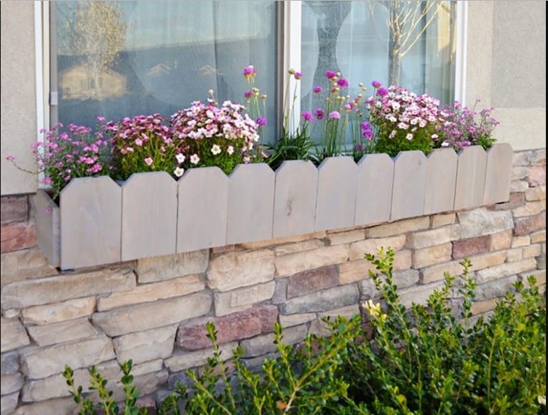 Make Mock Picket Fence Window Box Just Under 20$
