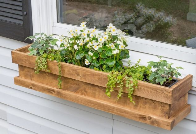 23 diy window box ideas build and fill them with colorful flowers the self sufficient living. Black Bedroom Furniture Sets. Home Design Ideas