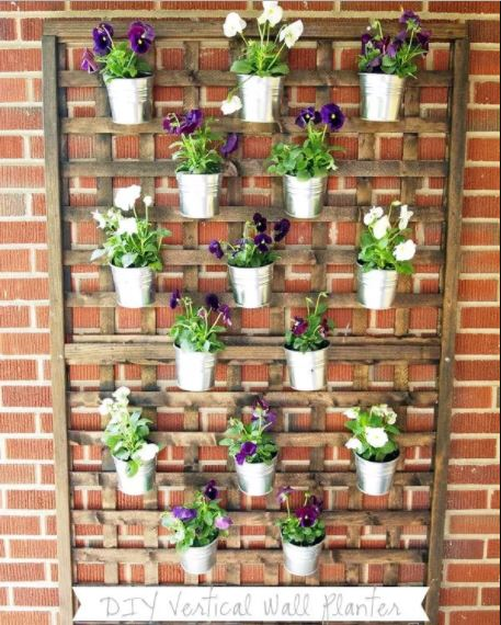 19 Handmade Cheap Garden Decor Ideas To Upgrade Garden: 23 Cool DIY Wall Planter Ideas For Vertical Gardens