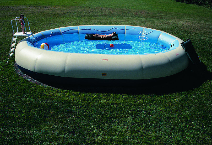 The self sufficient living for Self sustaining pool