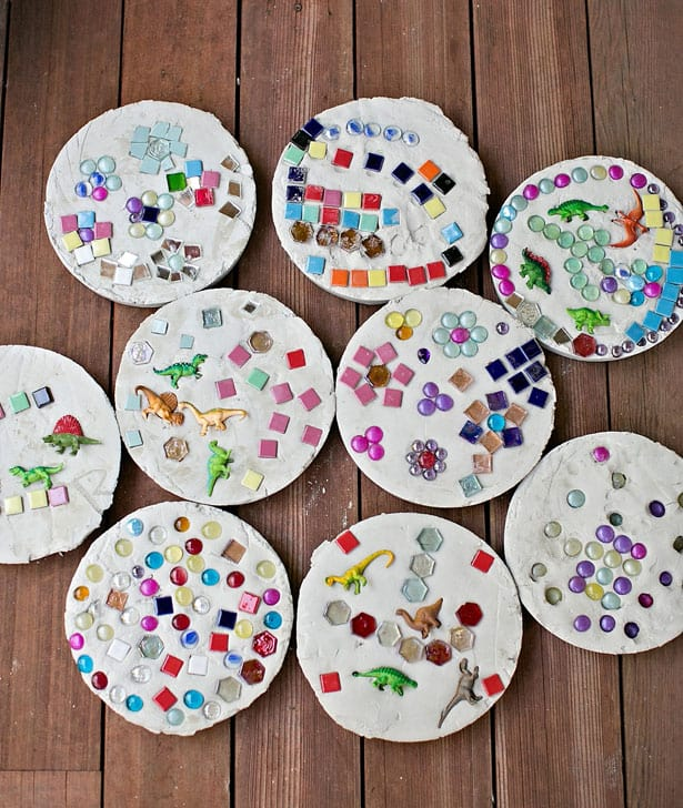 Colorful DIY Stepping Stones