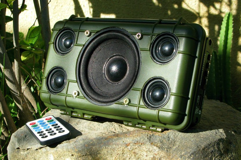 Boombox DIY Bluetooth Speaker
