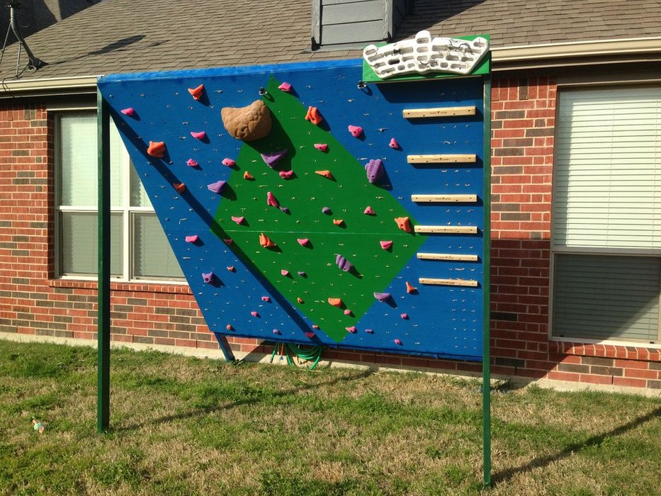 Outdoor Climbing and Training Wall