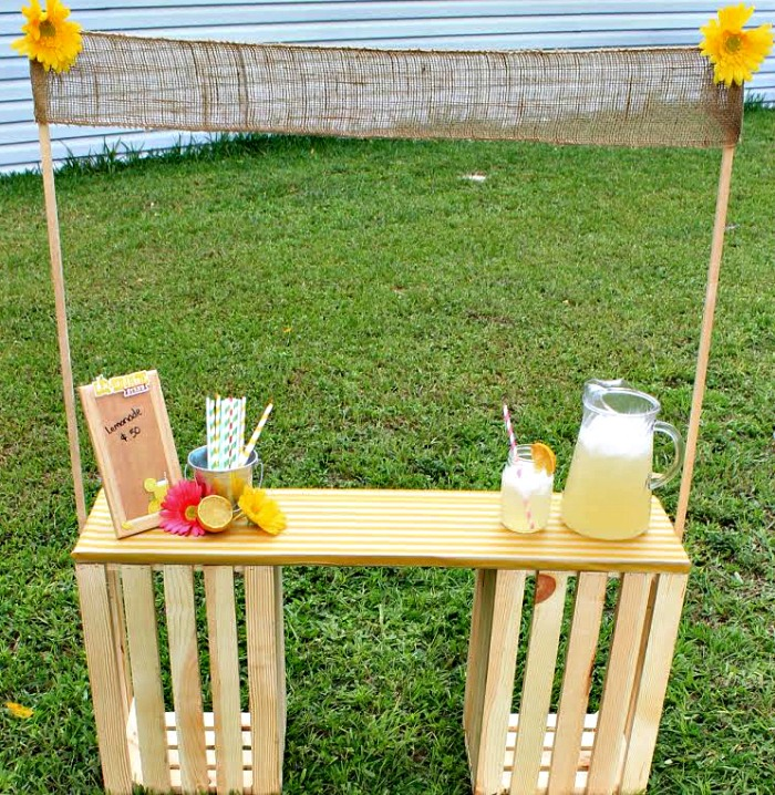 DIY Wooden Crate Lemonade Stand