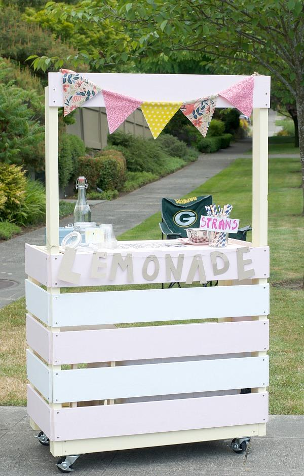 DIY rolling lemonade stand ideas
