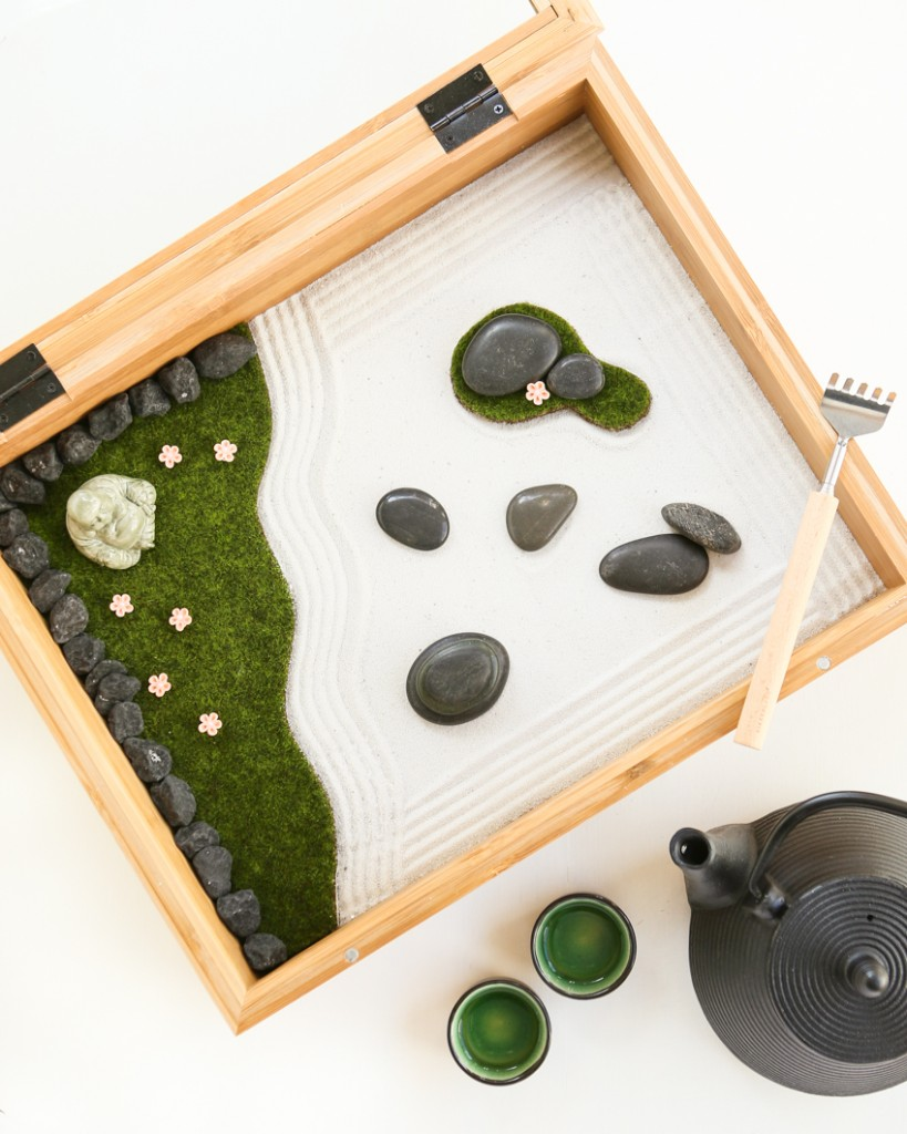 Grass and Sand Zen Garden