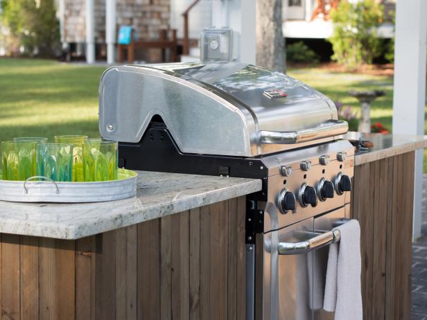 DIY barbecue grill station
